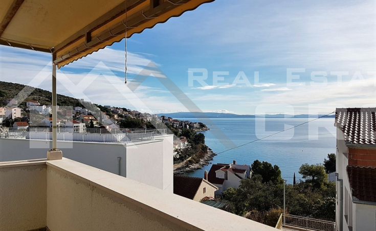 Two-storey apartment with an amazing sea view on Ciovo Island, for sale (3)