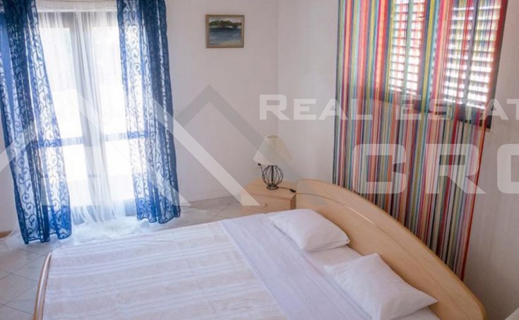 House with a sea view near Rogoznica for sale (2)
