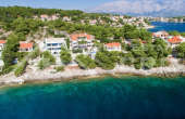 Villa in the first row to the sea for sale, Brac Island (1)