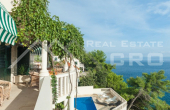 Villa in the first row to the sea for sale, Brac Island (10)