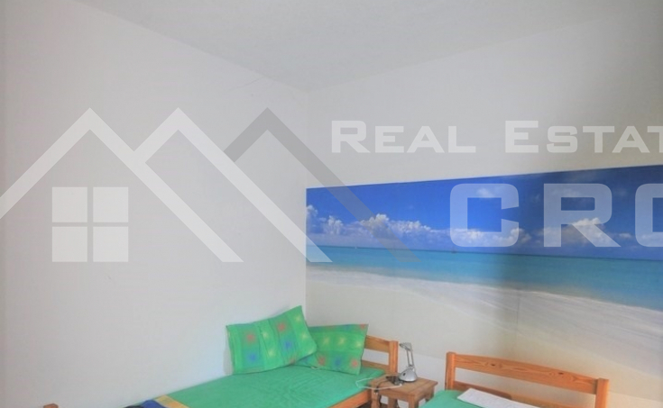 Two bedroom apartment in a very attractive location in Okrug Gornji (4)
