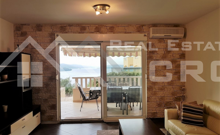 Apartment in a nice location on Ciovo Island for sale