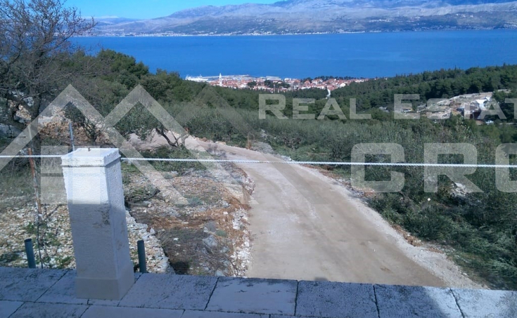 Land in Supetar, Brac Island, for sale