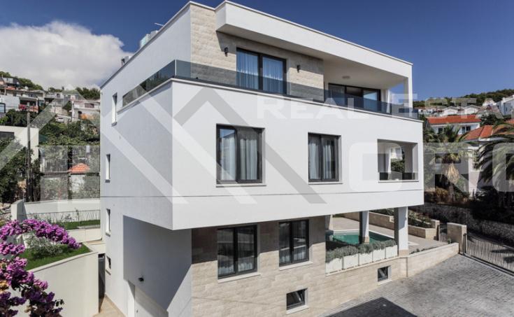 Stunning villa on Ciovo Island, for sale (7)