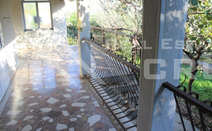 Family house with sea view on Ciovo Island, for sale (5)
