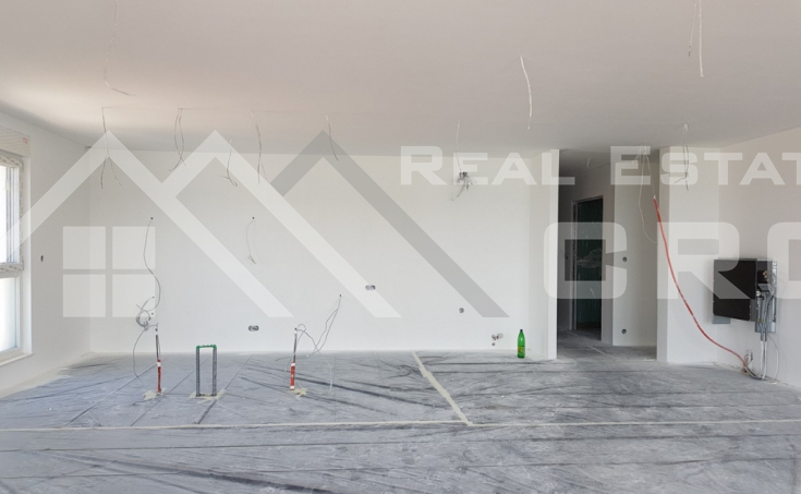 Penthouse in the first row to the sea for sale, Ciovo Island (4)