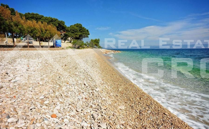 Apartment with a beautiful sea view, for sale, the island of Brac (9)