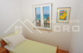 Apartment with a beautiful sea view, for sale, the island of Brac (8)
