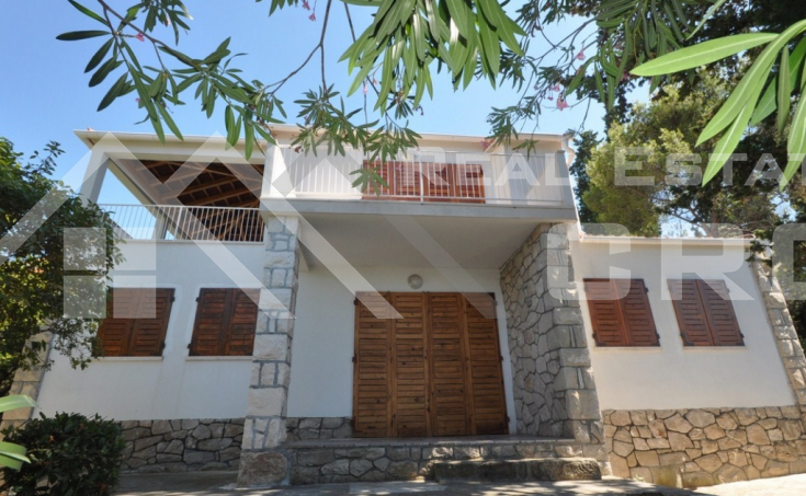Seaview house for sale near beach, Brac island