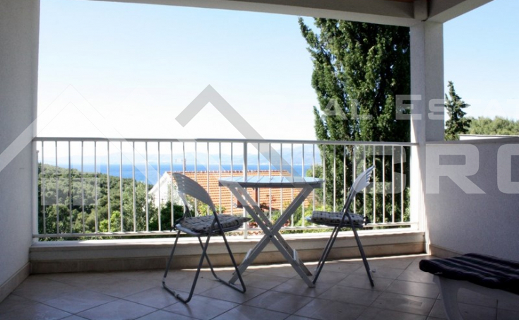 Seaview house for sale in nice location in Postira, Brac  (11)