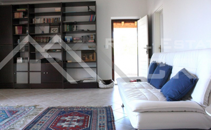 Seaview house for sale in nice location in Postira, Brac  (9)