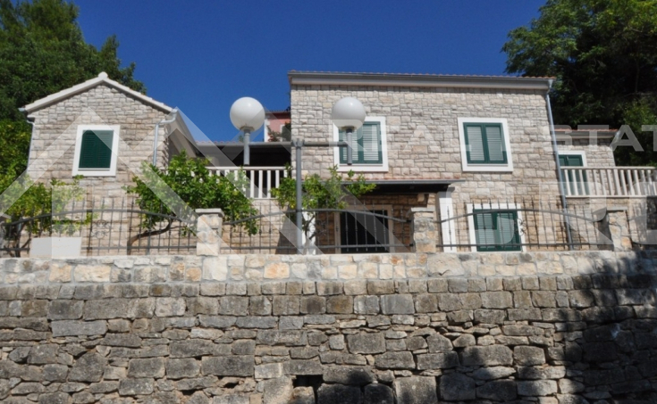 House for sale on seafront, Brac