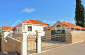 Magnificent stone villa with swimming pool and sea view on Brac Island, for sale (6)