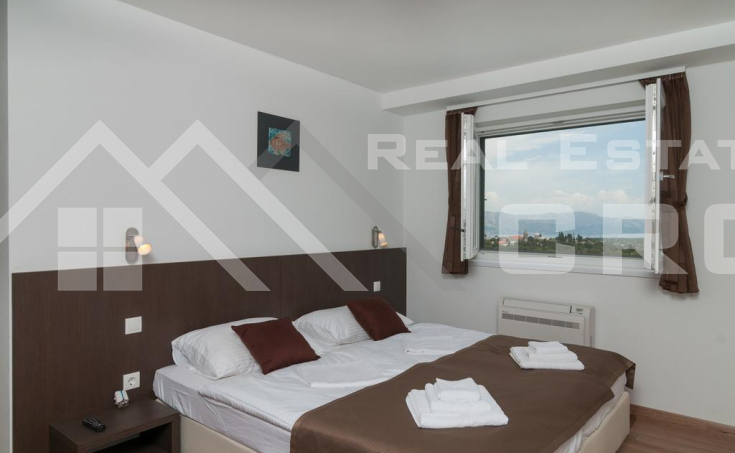 Two fantastic villas with sea view for sale, Brac Island (20)