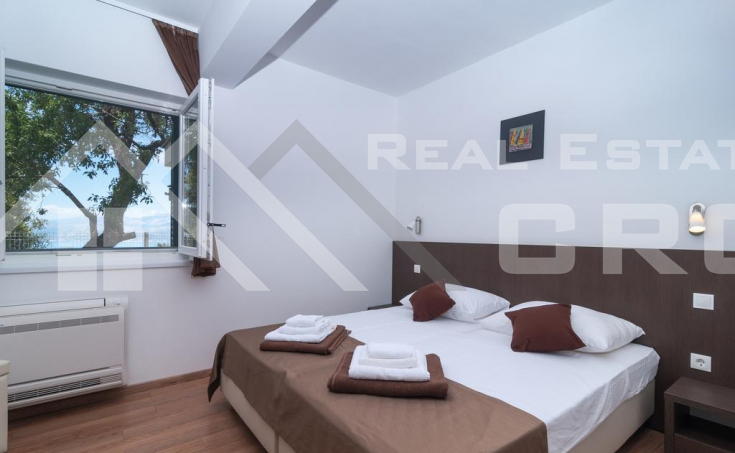 Two fantastic villas with sea view for sale, Brac Island (21)