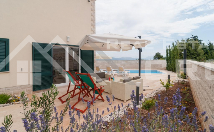 Two fantastic villas with sea view for sale, Brac Island (25)