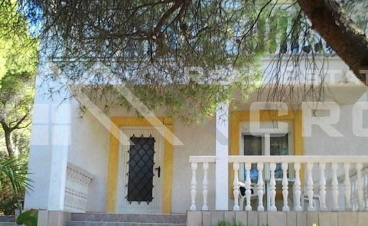 House in an amazing location on Vis Island, for sale (2)