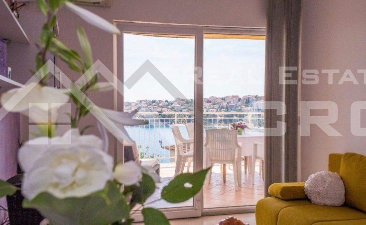 The apartment house with amazing sea view for sale, Ciovo Island (6)