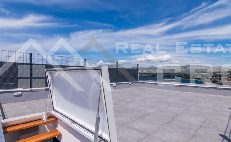 Amazing newly-built apartment with sea view for sale, Ciovo Island (12)