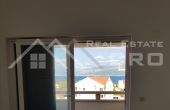 Apartment with a beautiful sea view in Supetar on the island of Brac for sale (9)