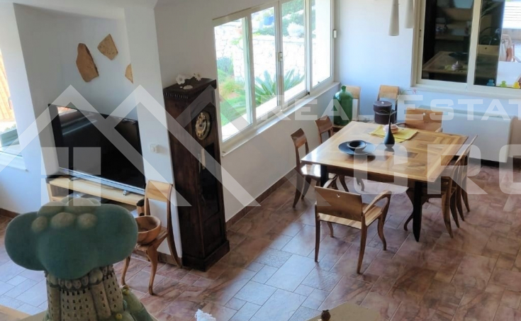 Villa with swimming pool and sea view for sale, Brac Island (6)