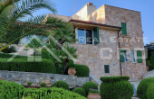 Villa with swimming pool and sea view for sale, Brac Island (1)