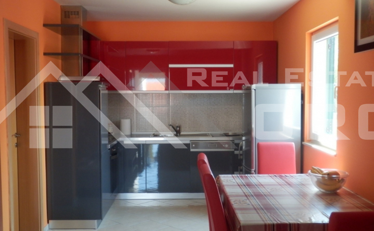 Apartment in a very attractive location for sale, Supetar (1)
