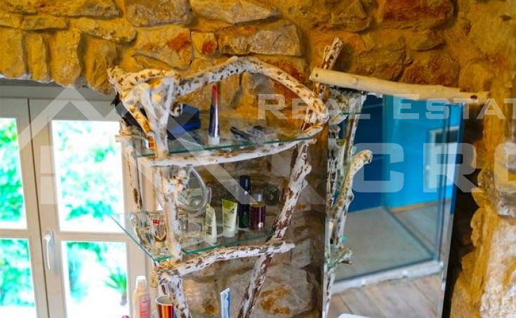Old renovated stone house, Sutivan, Brac Island (20)