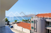 CI650, Modern two-bedroom apartment in the first row to the sea for sale