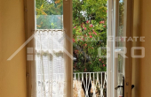 Old stone house with garden close to the sea in Sutivan for sale (5)