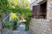 House with sea view in Sutivan on Brac Island, for sale (5