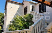 House with sea view in Sutivan on Brac Island, for sale (6)