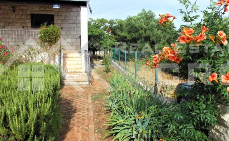 House in peaceful location in Milna on Brac Island, for sale (3)