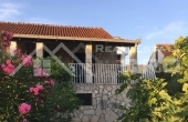 BR657, House with beautiful yard and sea view for sale, Brac Island, Milna