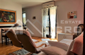 BR659, Three-bedroom apartment in highly attractive location for sale