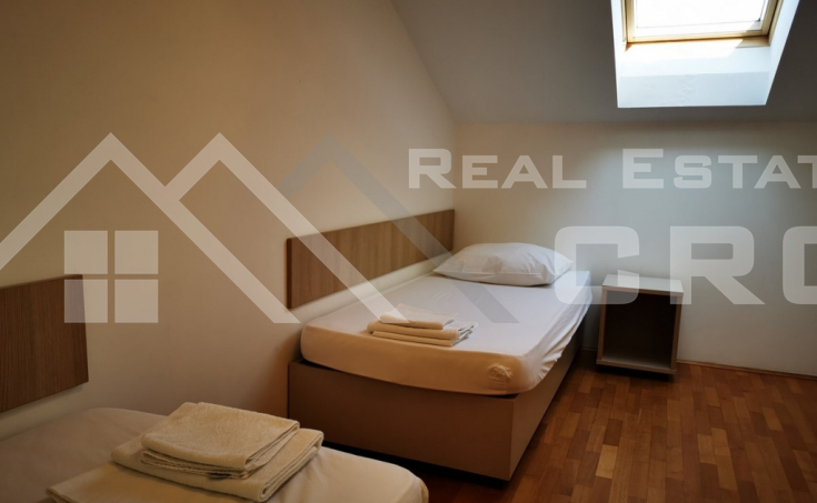 Comfortable three-bedroom apartment in a highly attractive location on Brac Island, special price (5)