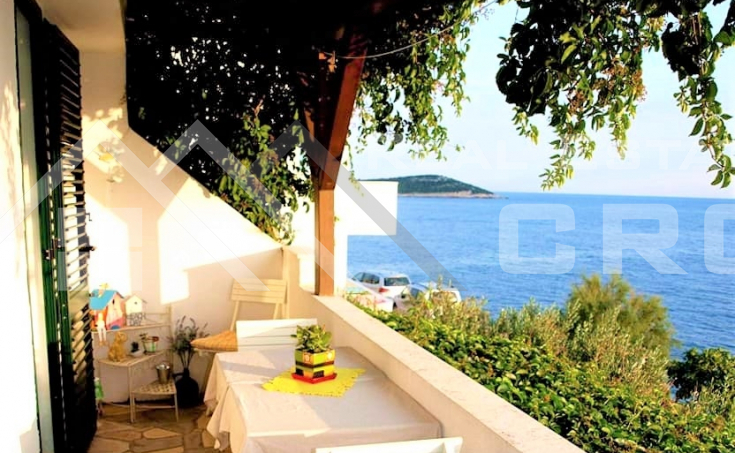 House with stunning sea view for sale, vicinity of Rogoznica (3)