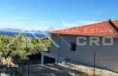 Newly-built house on attractive location in Sutivan, island Brac, for sale (1)