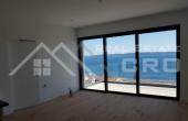 Moderna vila s prekrasnim pogledom na more i bazenom na prodaju, Čiovo