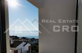 Moderna vila s prekrasnim pogledom na more i bazenom na prodaju, Čiovo (7)