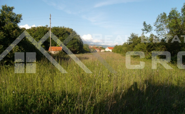 Building lot in very attractive location near Sinj town for sale (4)