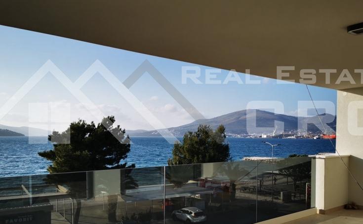 Moderan stan u prvom redu do mora s prekrasnim pogledom na more na prodaju, otok Čiovo (2)