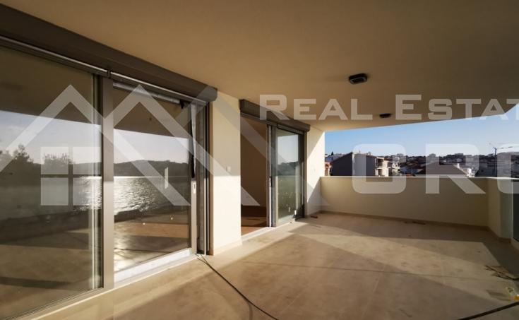 Moderan stan u prvom redu do mora s prekrasnim pogledom na more na prodaju, otok Čiovo (3)