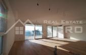Moderan stan u prvom redu do mora s prekrasnim pogledom na more na prodaju, otok Čiovo (4)