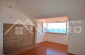 BR436, Trosoban apartman u prvom redu na prodaju, Postira, otok Brač