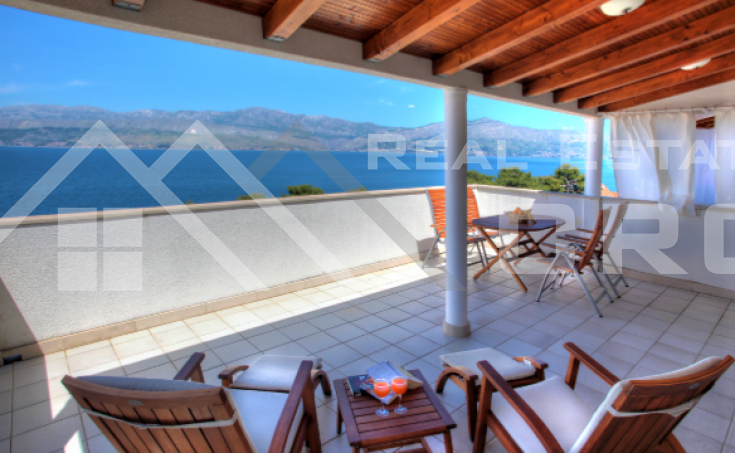 Apartment with spacious terrace and beautiful sea view for sale, Brac, Postira