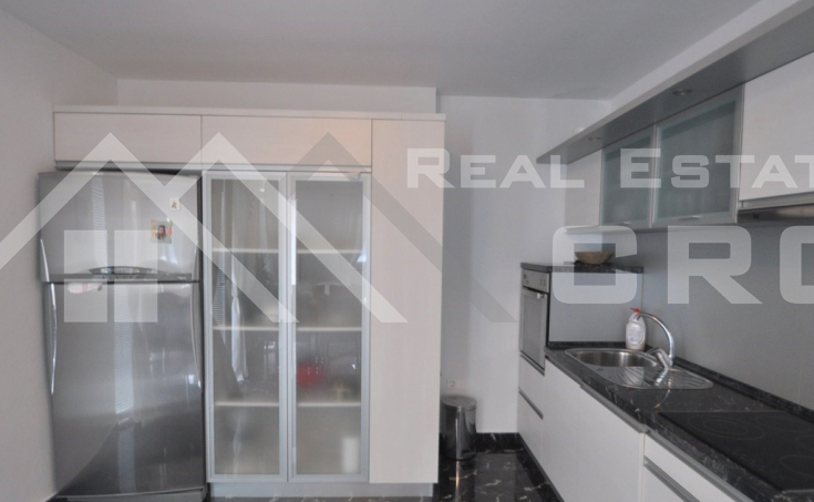 Apartment on twp floors for sale, Supetar (11)