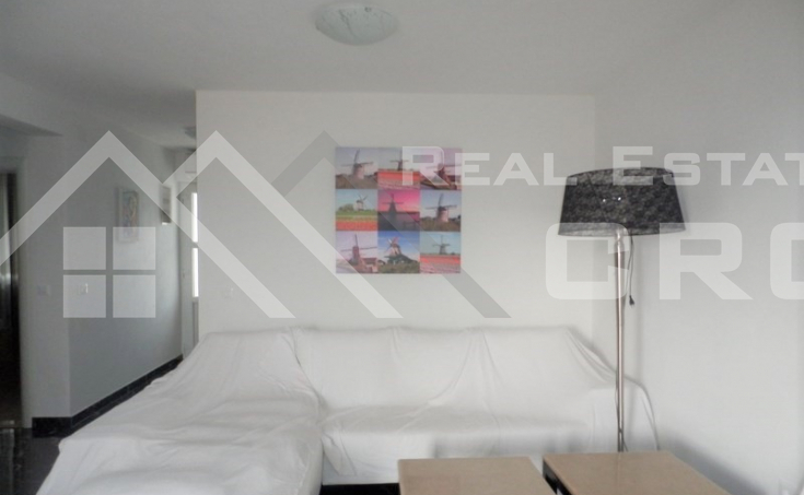 Apartment on twp floors for sale, Supetar (8)