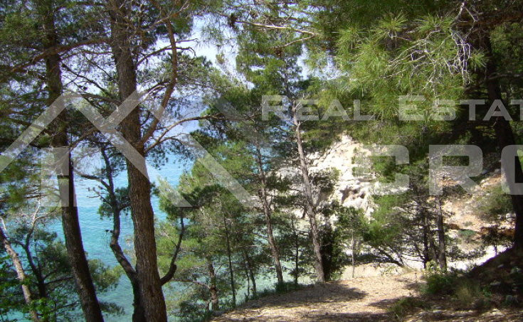 Omis properties, Pisak – Building land with beautiful sea view for sale, Pisak