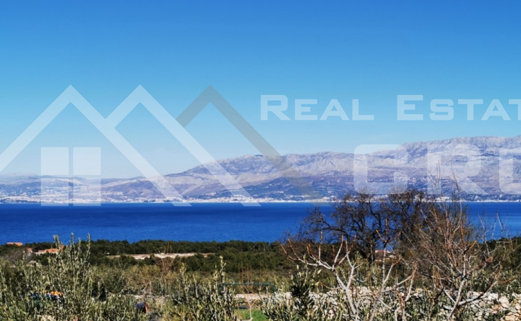 Farmland in a very attractive location with sea view, Brac Island, for sale